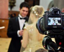 Animation mariage : Surprenez les mariés en utilisant une vidéo pour leur mariage