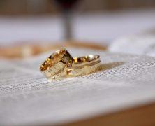 Bague mariage : Comment choisir l'alliance parfaite ?