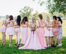 Robe temoin de mariage : Les meilleures idées pour un mariage sans faux-pas