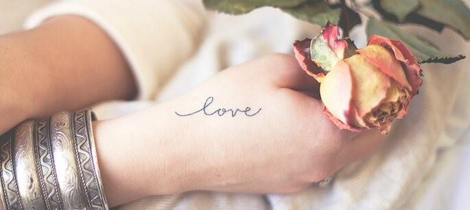 main tatoué love
