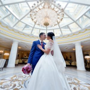 wedding-couple-indoors-is-hugging-each-other.jpg